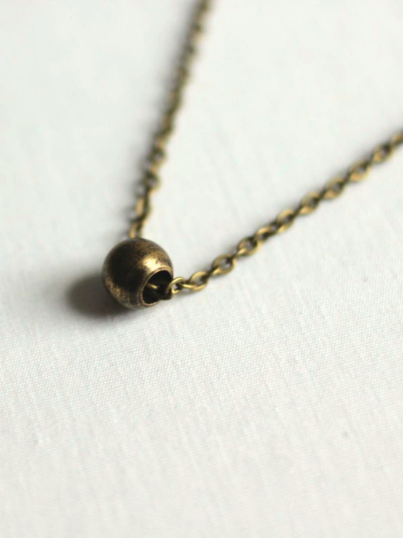 minimal brass necklace