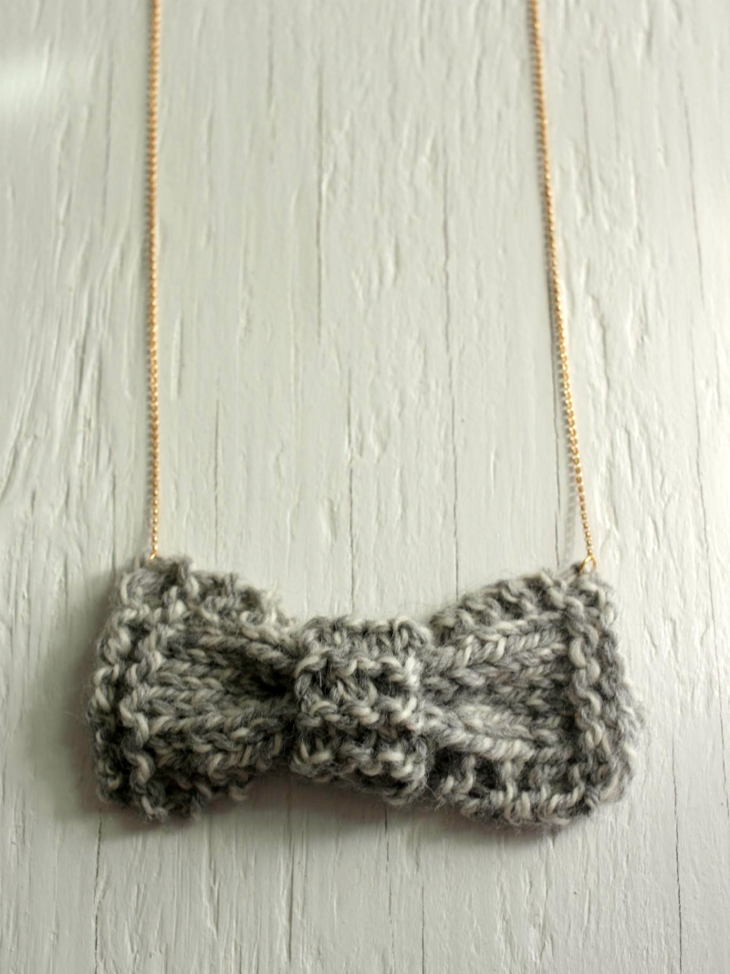 sage green knit bow necklace