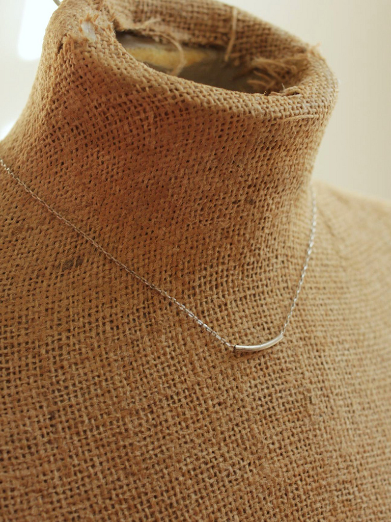 minimal sterling silver bar necklace