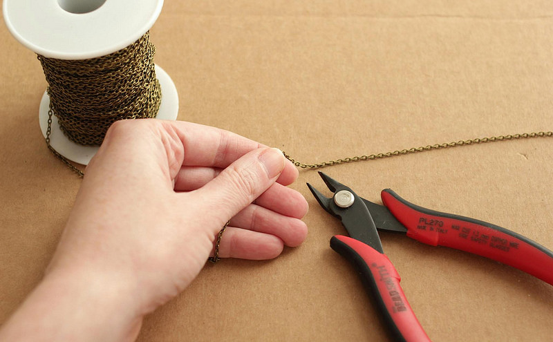 how to cut chain DIY necklace