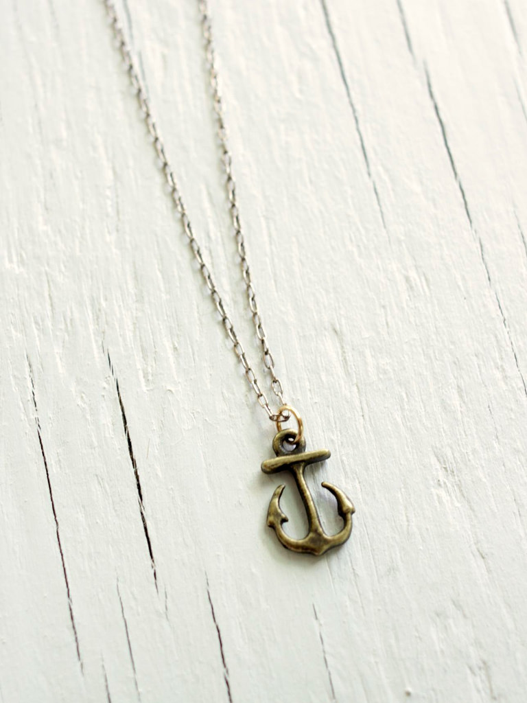 sterling silver anchor necklace