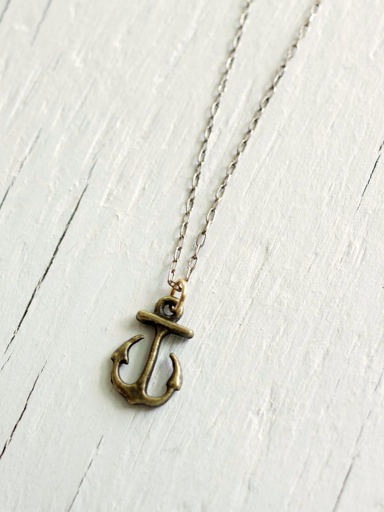 theon greyjoy anchor necklace