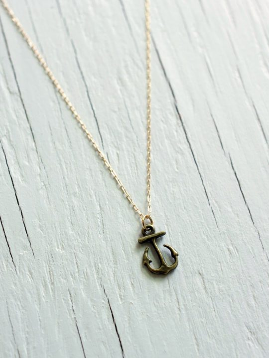 vintage anchor necklace
