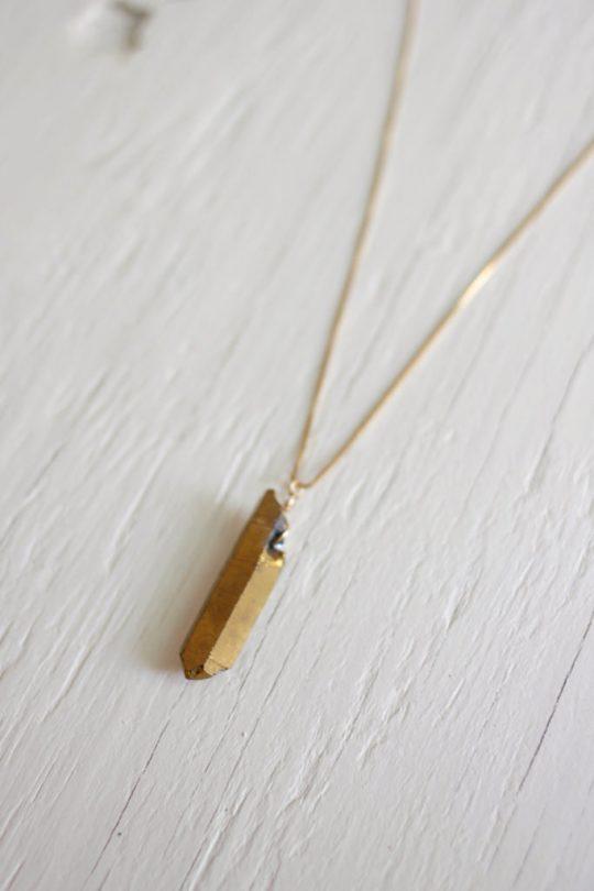 Gold Quartz Necklace